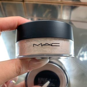 mac silver dusk loose highlighter